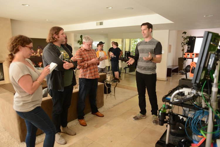 Explication du fonctionnement de la caméra et du déroulement général du tournage