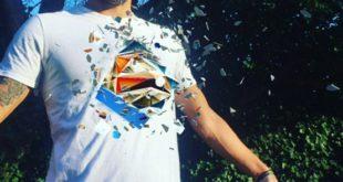 T-Shirt Aiko dotee de la realite augmentee