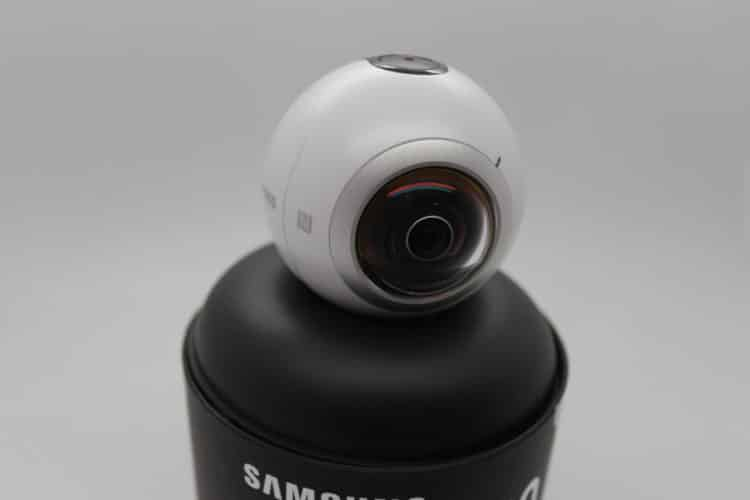 Unboxing Samsung Gear 360