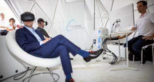 Emmanuel Macron VR