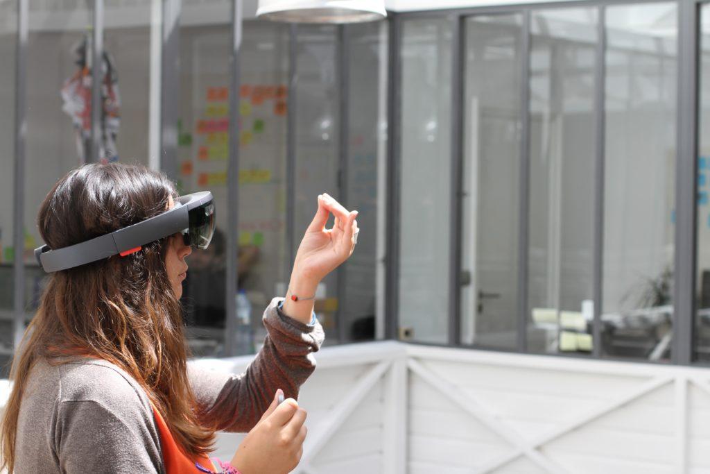 e358b77426393 Microsoft Hololens - Test du casque de réalité augmentée