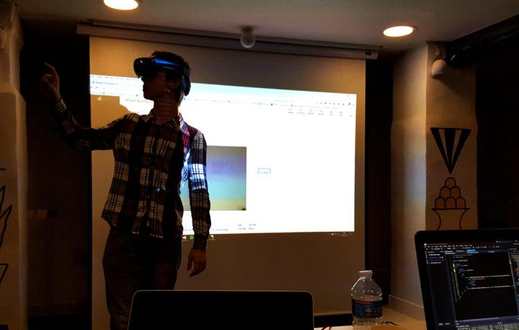 Formation VR AR MR realite augmentee mixte virtuelle entreprises developpement apprendre avis