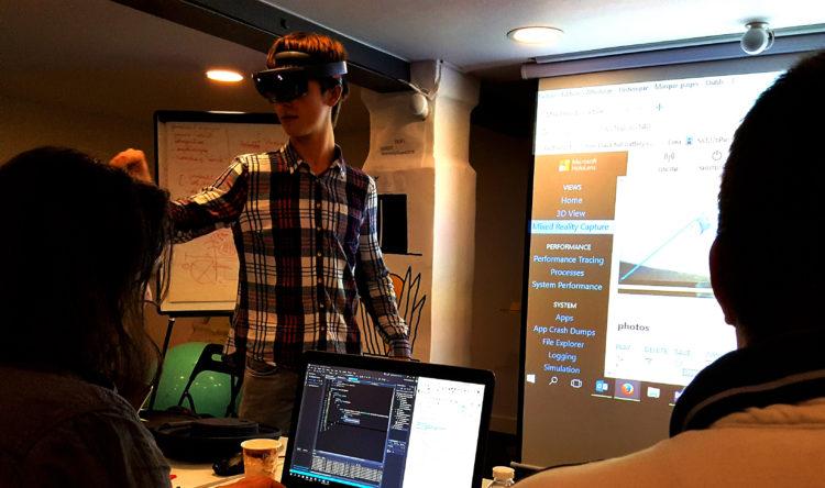 Formation VR AR MR realite augmentee mixte virtuelle entreprises developpement apprendre avis video 360