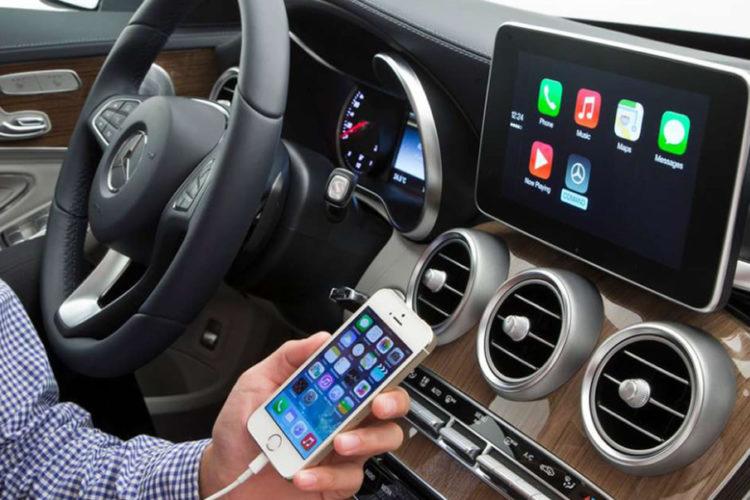 Apple CarPlay app iPhone