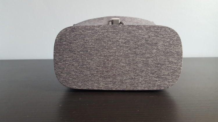 Test Google Daydream View casque VR prix date avis graphismes acheter mobile smartphone carboard