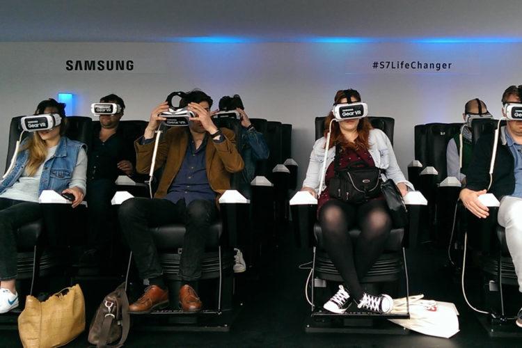 Parc r{ealit{e virtuelle Samsung gratuit attractions