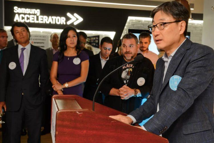 Samsung accelerator startup programme accélération accélérateur VR