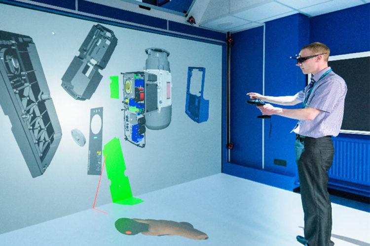 CAVE réalité virtuelle salle immersive 3D projecteurs