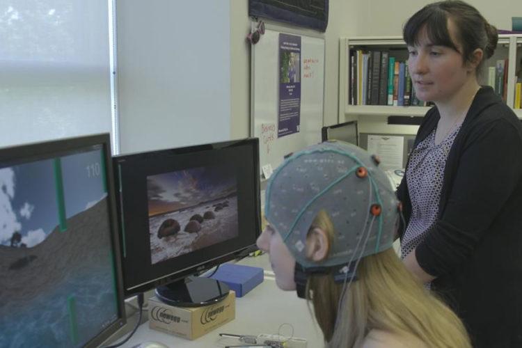 Pirater cerveau en VR réalité virtuelle