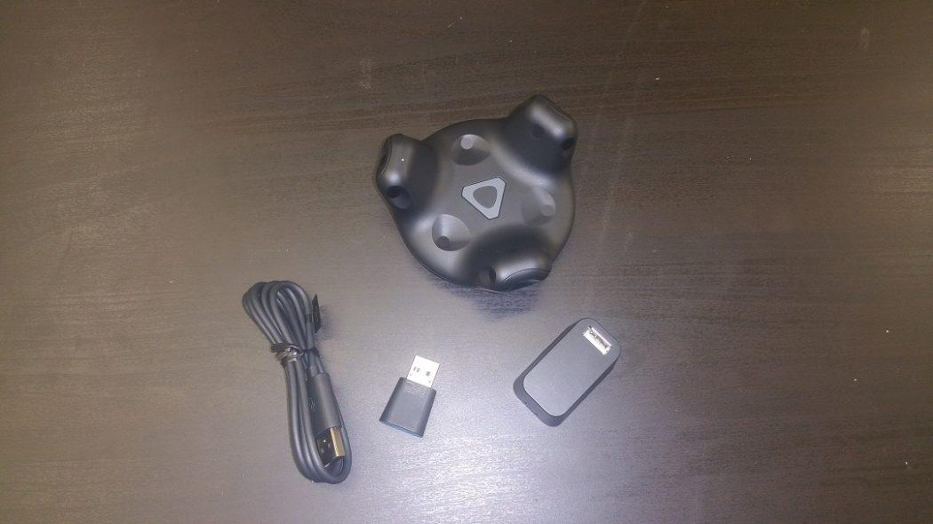 test HTC Vive Tracker unboxing prise en main accessoire
