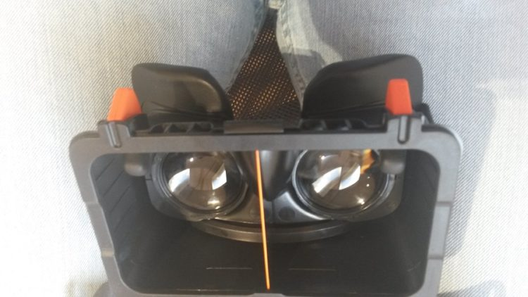 Test Freefly VR Beyond Prise en main gâchettes