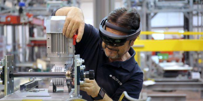Pourquoi Microsoft mise sur l'AR plutôt que la VR - Réalité-Virtuelle.com