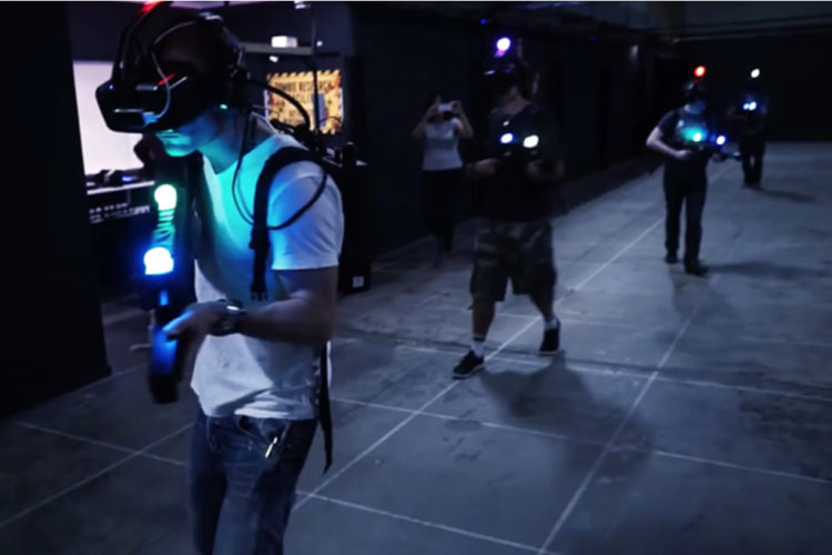 Salle d'arcade en réalité virtuelle VR