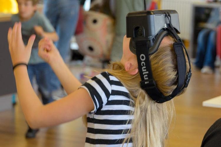 Dangers réalité virtuelle enfants