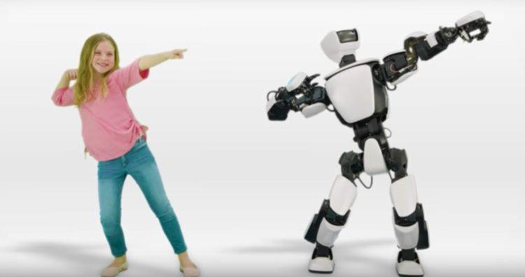 toyota, robot