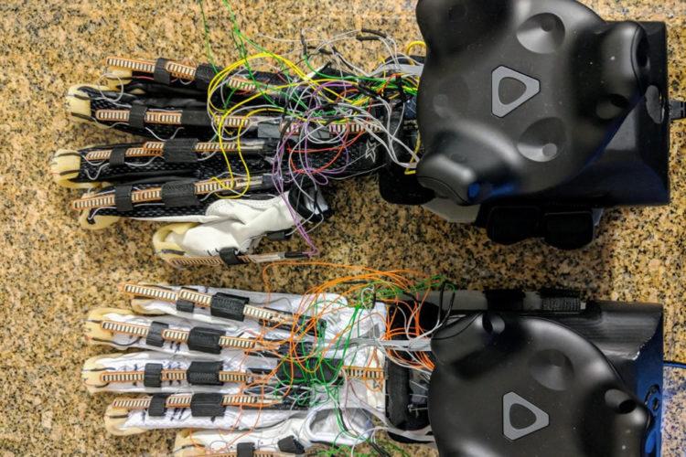 Maestro gants pour le toucher en réalité virtuelle CES 2018