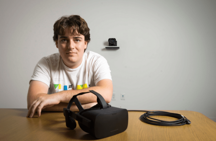 Palmer Luckey kit de réparation Oculus Rift
