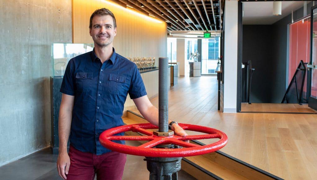 Kerry Davis développeur Valve VR