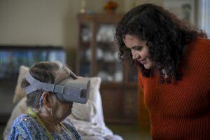 Personnes âgées réalité virtuelle