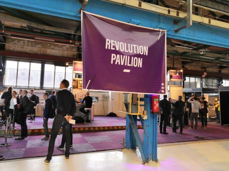 vr days pavillon revolution